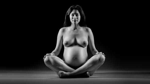 Portrait Maternity and newborn NYC Brooklyn.