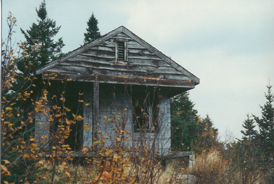Snowy Mt, old observers cabin,oct 1987a
