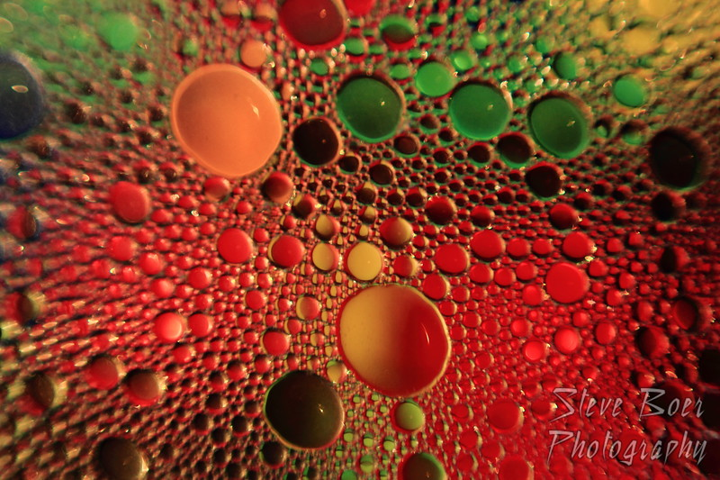 Oil & Water red, green & orange