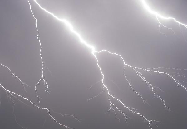Lightning (20080423_04530_a)