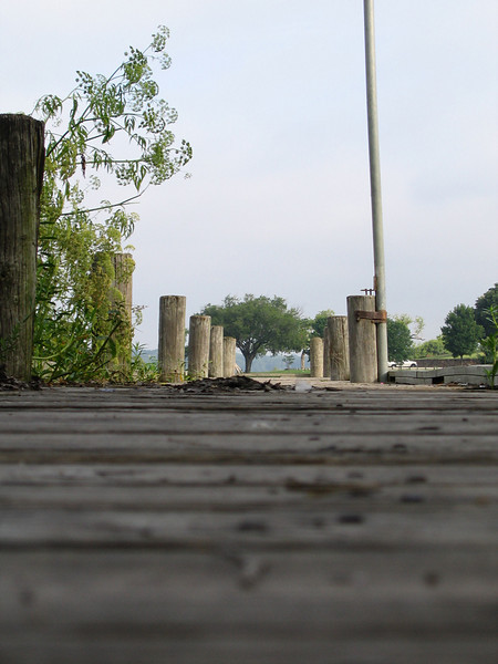A ground-level view of the walk down my favorite pier (203_0369)
