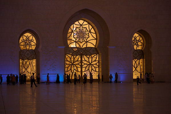 Abu Dhabi, United Arab Emirates. Captured by Stephen Gurie Woo 胡斯翰