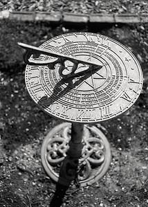 sundial-t0715