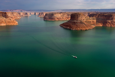 Navigating Lake Powell