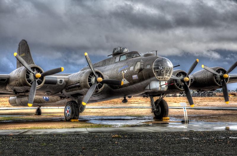B-17 From 1 O'clock