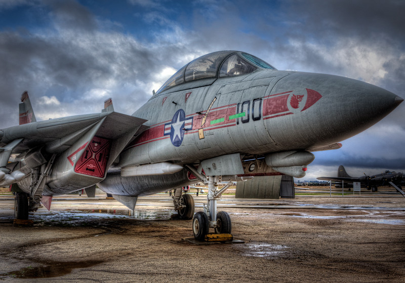 F-14 Tomcat From 1 O'clock