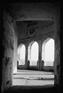 Doorway leading to the assembly hall, Daulatabad