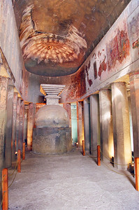 Vihara - prayer hall - Ajanta.