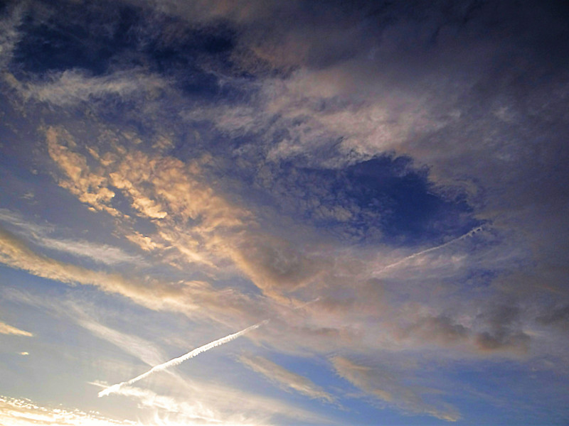 Bet you thought I only did flowers, but I love to photograph the sky too.  Sky over Columbus, Ohio on May 29, 2012.