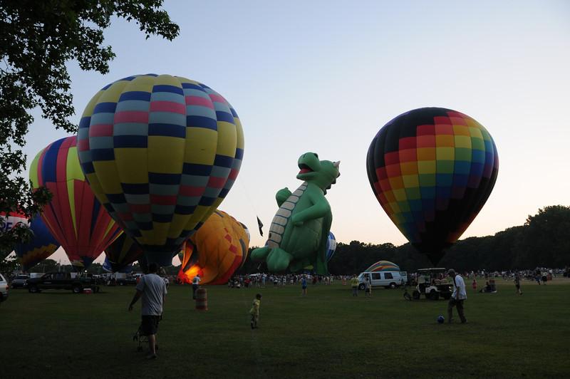 It's a Dragon balloon!