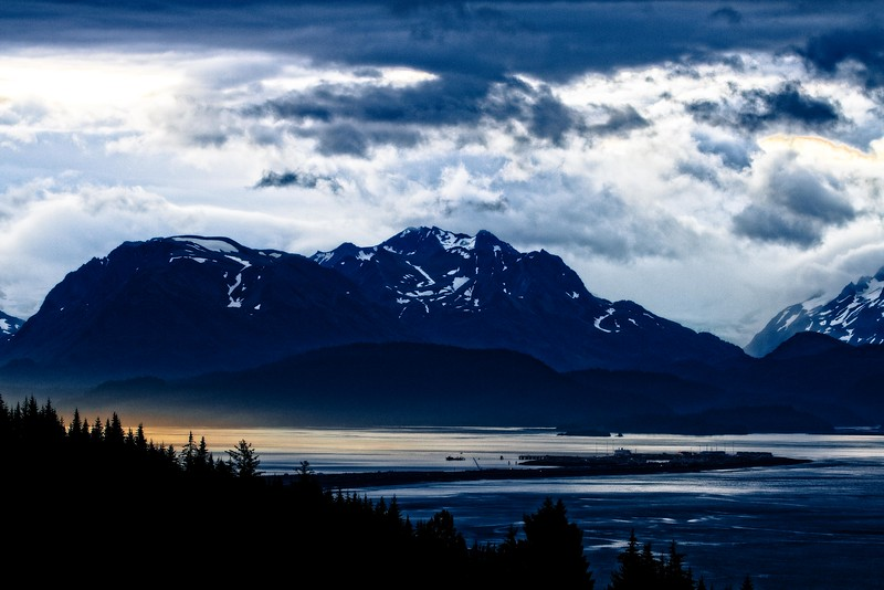 Early morning view of the Homer spit.<br /> Photo © Cindy Clark