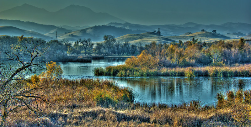 Marsh Creek (Mt. Diablo in the background)<br /> 5 exposures Canon 18mm f/8 ISO 100