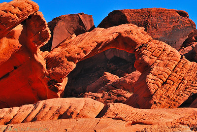 Arch in Valley of Fire, Nevada. Taken in the middle of the day when it's the hardest to capture good images.