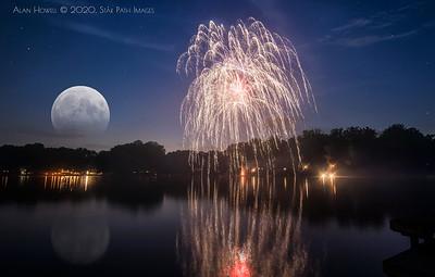 FireworksMoon_2020_HalfSize