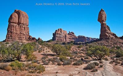 Balanced Rock - Arches National Park - Moab, Utah.