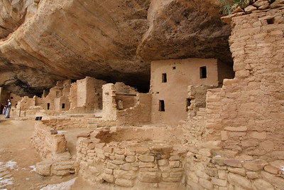 The Spruce Hill house in Mesa Verde. In spite of the cold, people still visit this unique park. A classic Ancestral Pueblan construction.