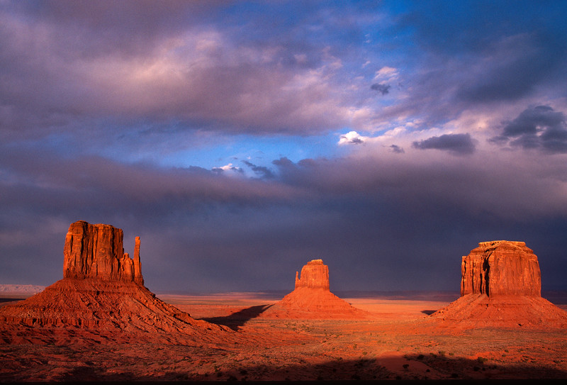 East and West Mitten and Merrick Butte, Monument Valley, Utah