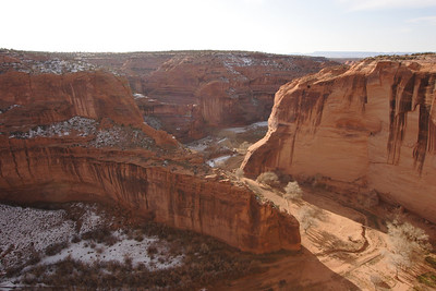 A bird's eye view of the northern prong of the Canyon de Chelly (called Canyon del Muerto).