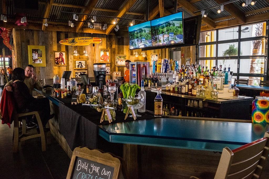 Lulu's Bar