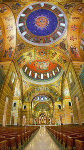 Cathedral Basilica of Saint Louis.  Photo by miano.tv