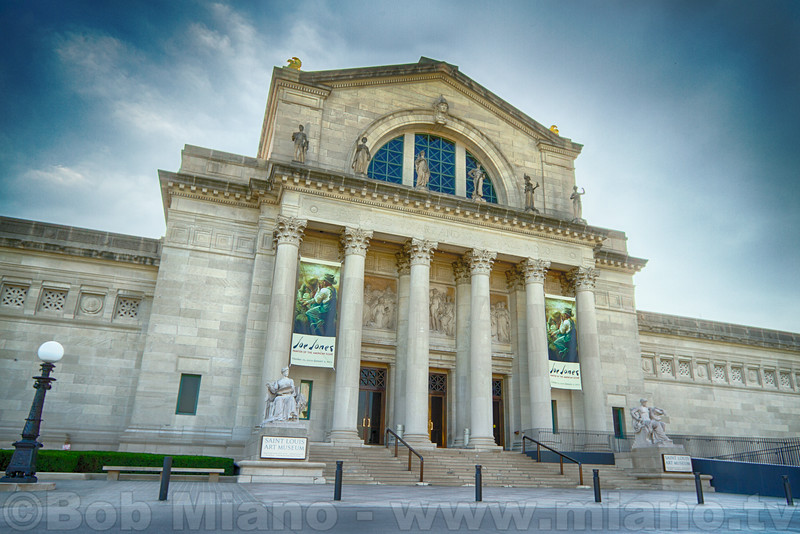 The Saint Louis Art Museum.  Built for the 1904 World's Fair.