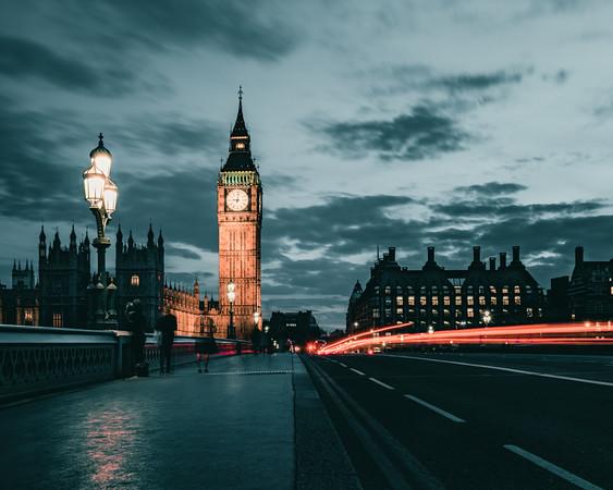 Night Life on Westminster Bridge