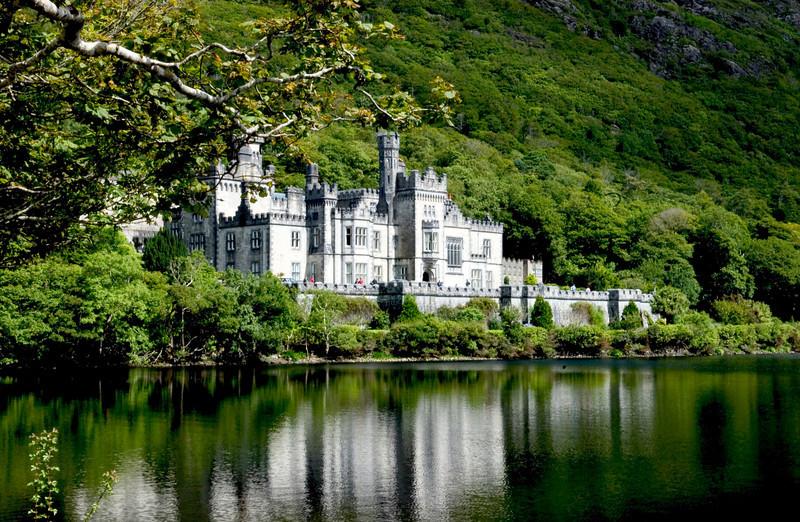 <h4>Kylemore Abbey</h4>Connemara, Ireland