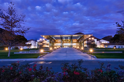 The modern Library on the campus of California State University Chanel Islands.