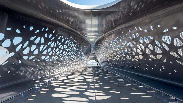Thea van den Heuvel:  Parkbrug Antwerpen - NEY & Partners