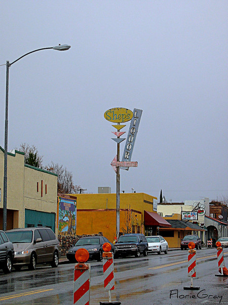 Rainy day in Cottonwood, AZ <br /> Note the GREAT Googie-style sign!