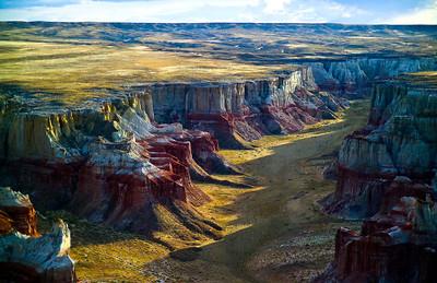 Brilliant colors of Coalmine Canyon, Tuba City, Arizona