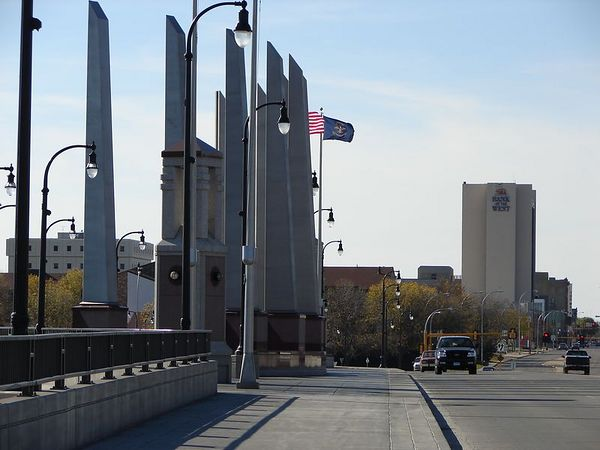 On the Bridge, looking west toward Fargo.