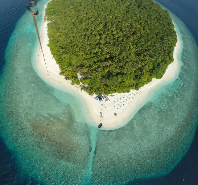 GoPro kite flying on Funadhoo Island Maldives
