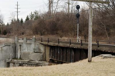 Bridge by e.n.Hines Park-5437