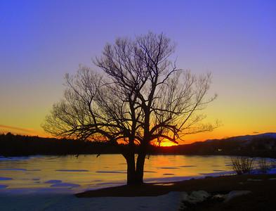 CIMG6756 Saranac River sunset at Cadyville, feb 19, 2012 wtta