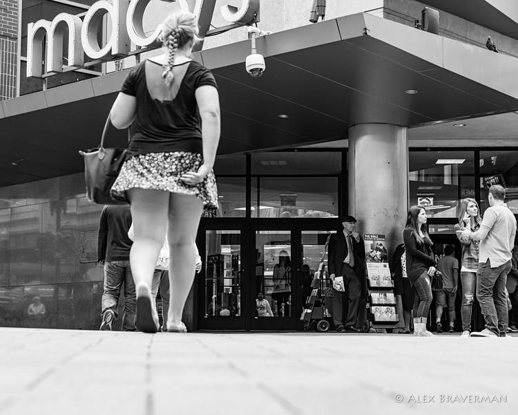 the art of walking in Boston #294