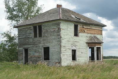 Old Deserted Farmhouse, Alberta, Canada