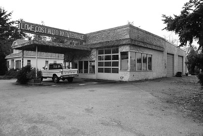 Lowe Cost Auto Maintenance, located just outside Chemainus BC