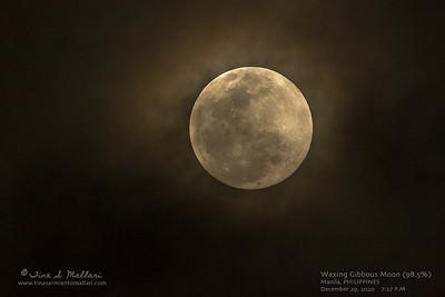 Waxing Gibbous Moon (98.5%)