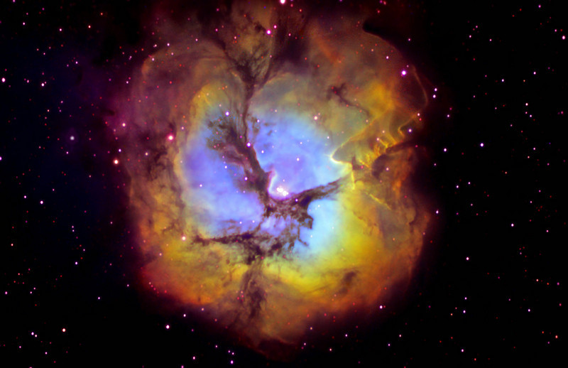 M20 Triffid Nebula in Colour mapped narrowband<br /> Ha:SII:Ha:OIII  300:90:300:50 min