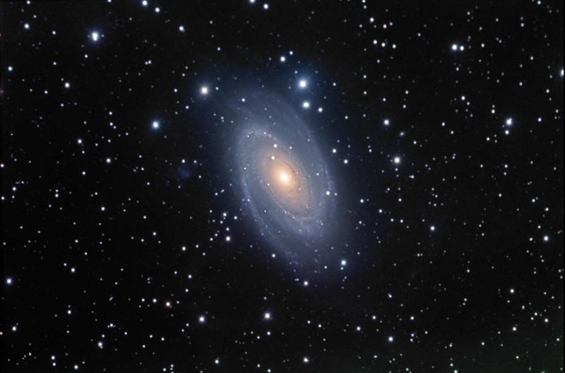 M81 Bodes Galaxy<br /> LRGB : L 60min Bin 1, RGB each 25min Bin 2.<br /> Taken on a TAK Epsilon 250 and ST10XME (GRAS G5 )
