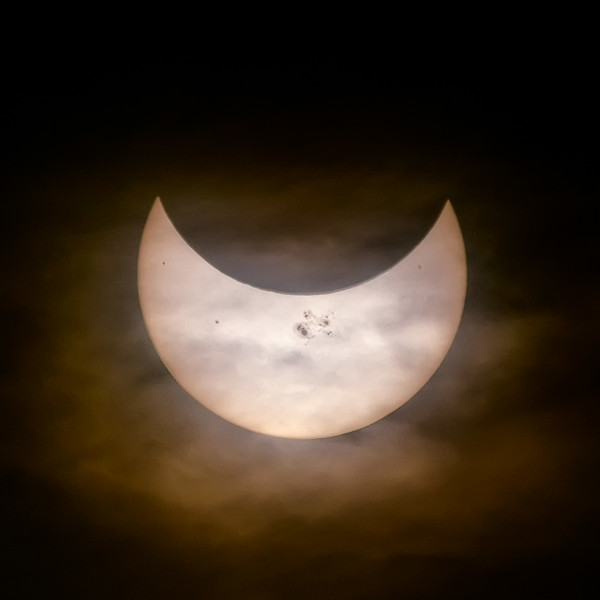 Cloudy Eclipse 2014