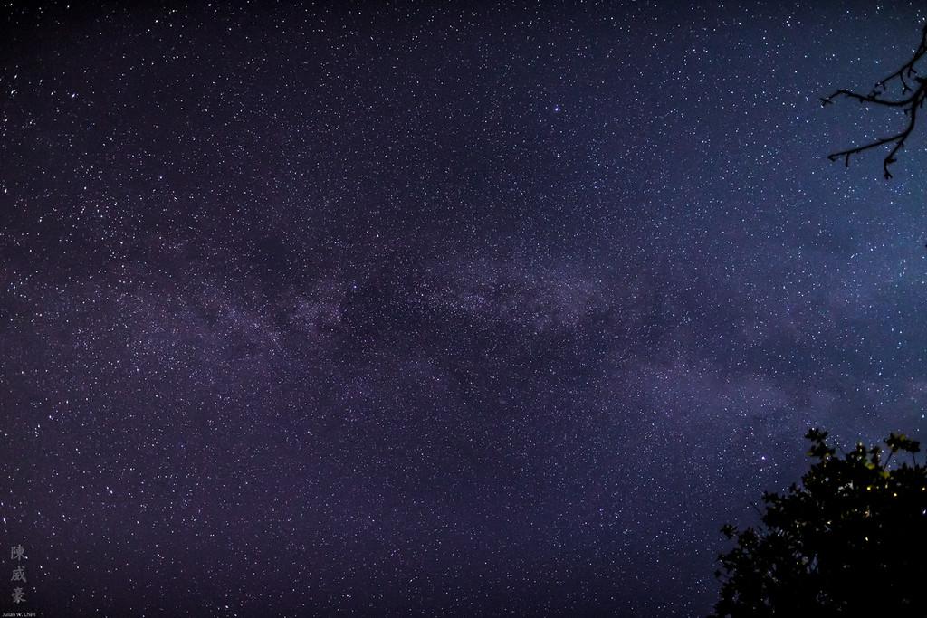 IMAGE: https://photos.smugmug.com/Photography/Astrophotography/i-Wksf4vc/0/XL/20150823-Canon%20EOS-1D%20X-1DX_0993-XL.jpg
