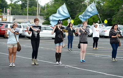 The Clearview High School marching band practices on Aug. 12 in the Clearview High School parking lot. KRISTIN BAUER   CHRONICLE
