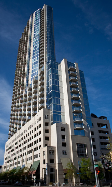 Austin 360 Condominium Towers