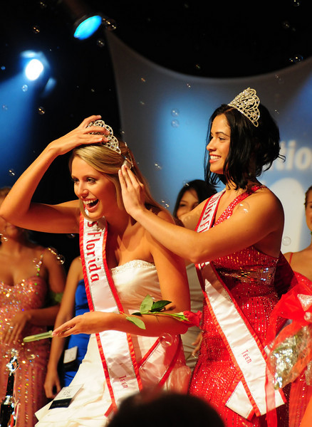 """And the winner is crowned.<br /> Probably the ultimate """"glitter"""" image"""