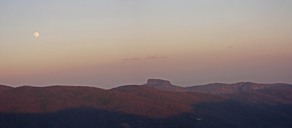 Moonrise over Table Rock