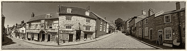 Panorama at the bottom of Lincoln's Steep Hill