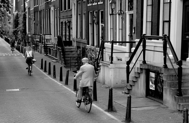<h4>On The Right Path</h4>Amsterdam, Holland