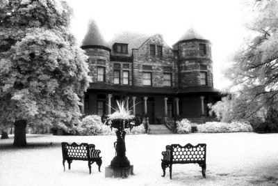 Dooley Mansion and Benches, Richmond Virginia (Infrared)